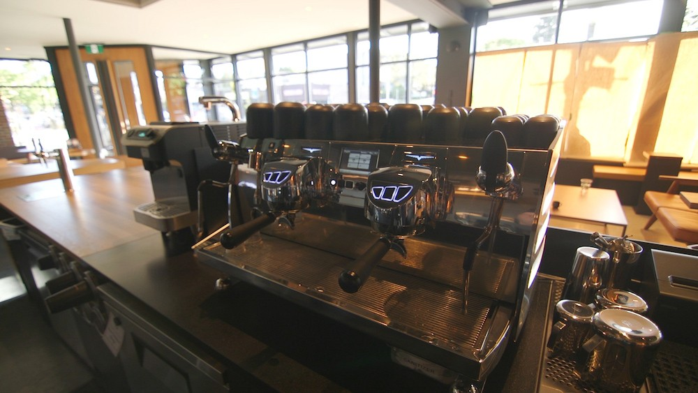 Starbucks Launches Western Canada S First Reserve Coffee Bar