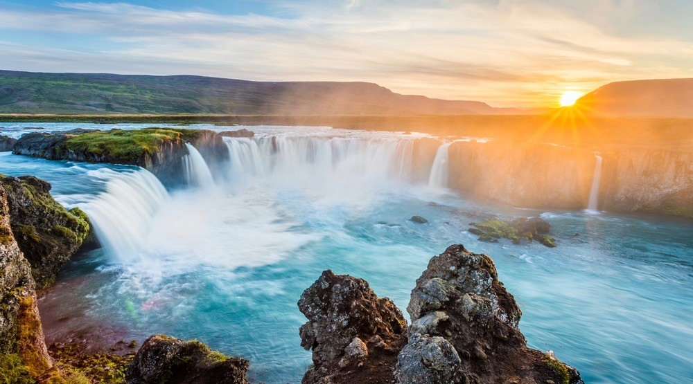 You can fly from Montreal to Iceland for $160 this summer
