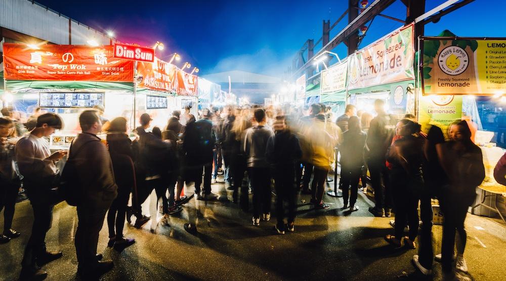 Illumination summer night market 2