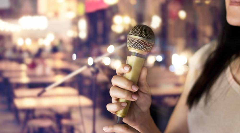 Stage microphone restaurant