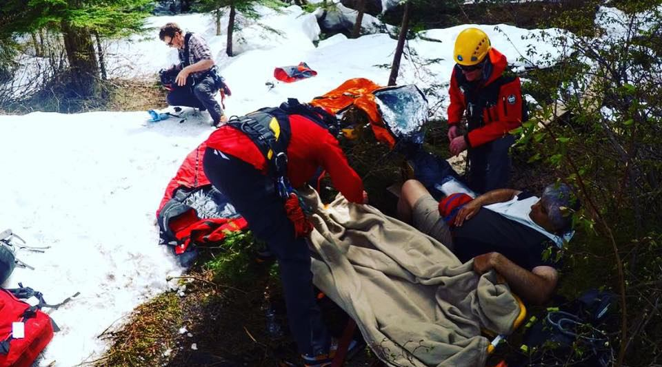 Well-prepared hiker being rescued on Hollyburn Mountain (North Shore Rescue/Facebook)