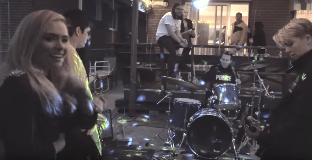Police called to Mississauga over noise complaint end up jamming with band (VIDEO)