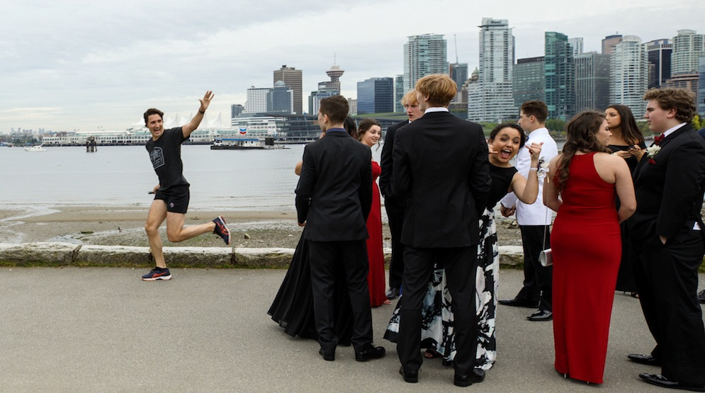 Photoshoppers are going to town with Justin Trudeau's Vancouver Seawall photo