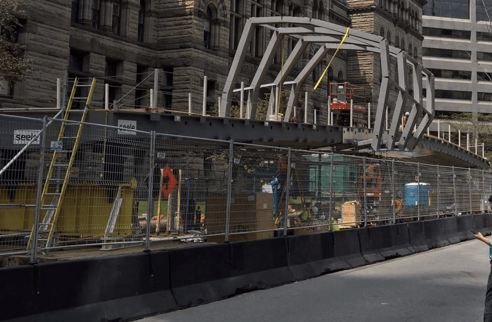 Construction on new Eaton Centre pedestrian bridge underway (PHOTOS)