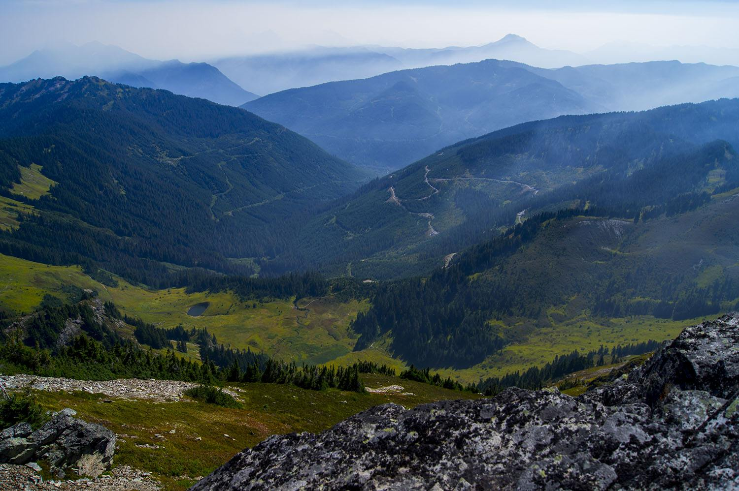 View from the top of Mount Cheam (Ethan Sztuhar/Flickr)
