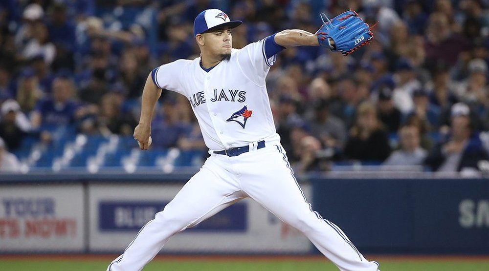 Blue Jays trade Roberto Osuna to Astros in 4-player deal