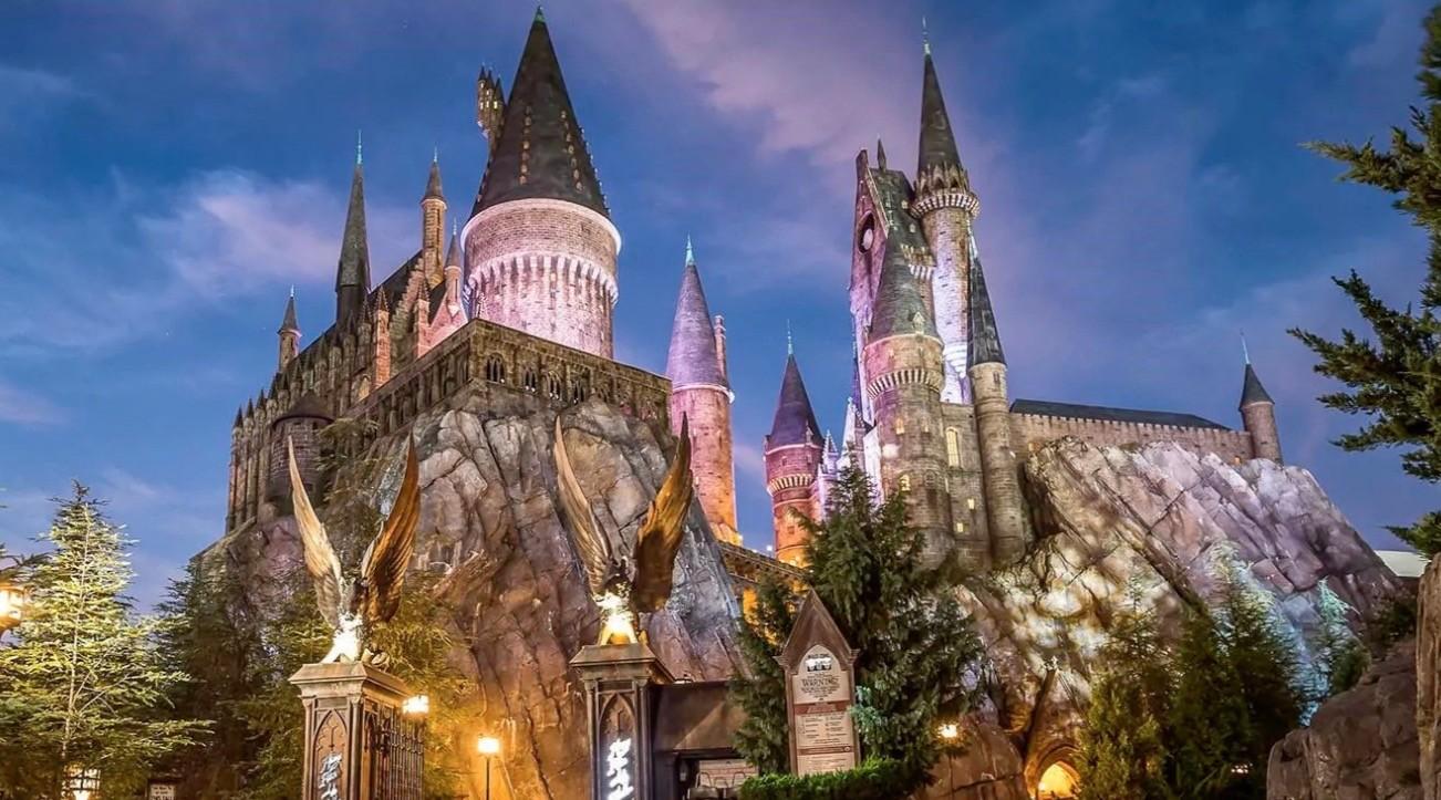 Toronto's Harry Potter bar opening Hogwarts-themed patio this Saturday (PHOTOS)