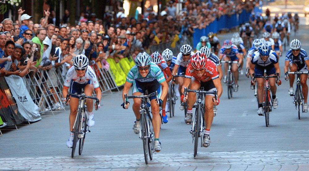 Gina Grain (Webcor Builders) outsprints Kelly Benjamin (Cheerwine Pro Cycling) and Ruth Corset (Jazz Apple Cycling Team) to win a record-tying third Gastown title at the Global Relay Gastown Grand Prix in 2008. (Greg Descantes)