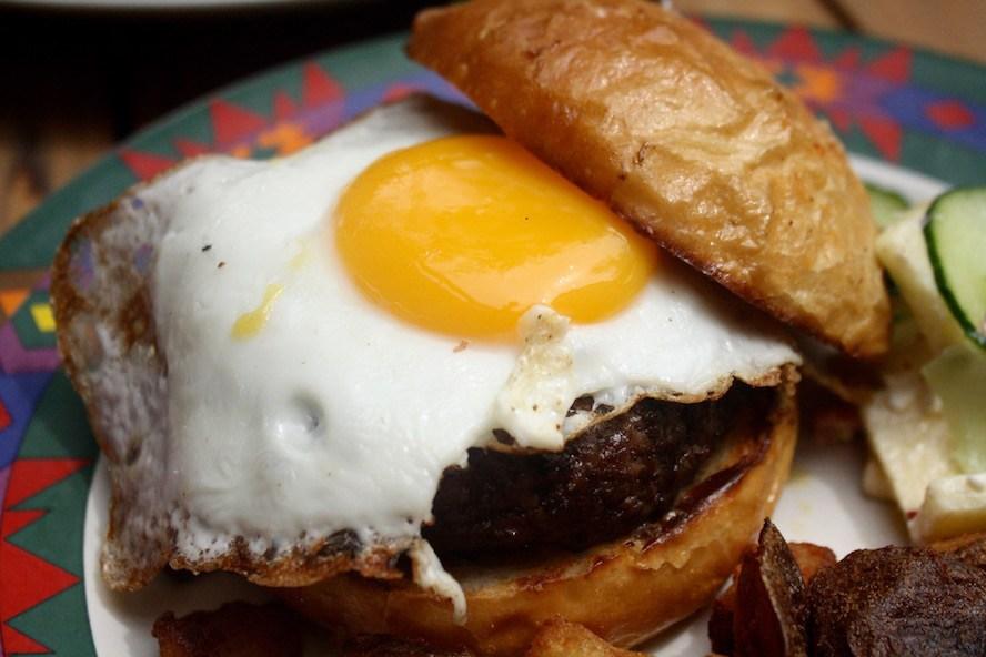 Krafty Kitchen_Doggy Dog Burger