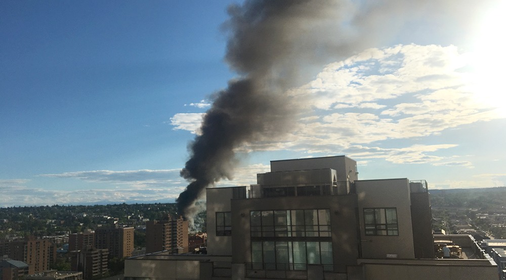 Huge blazing fire in SW Calgary near Crowchild and 17th Ave (PHOTOS, VIDEOS)