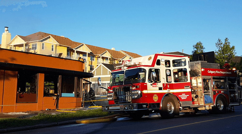 Fire in Marda Loop this morning destroys Calgary business (PHOTOS)
