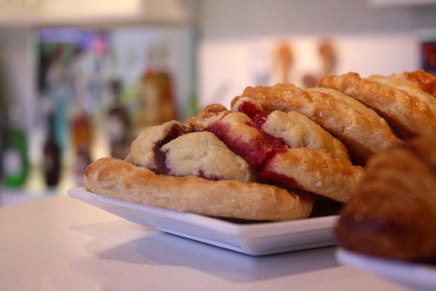 Emelle's Bistro_baked goods