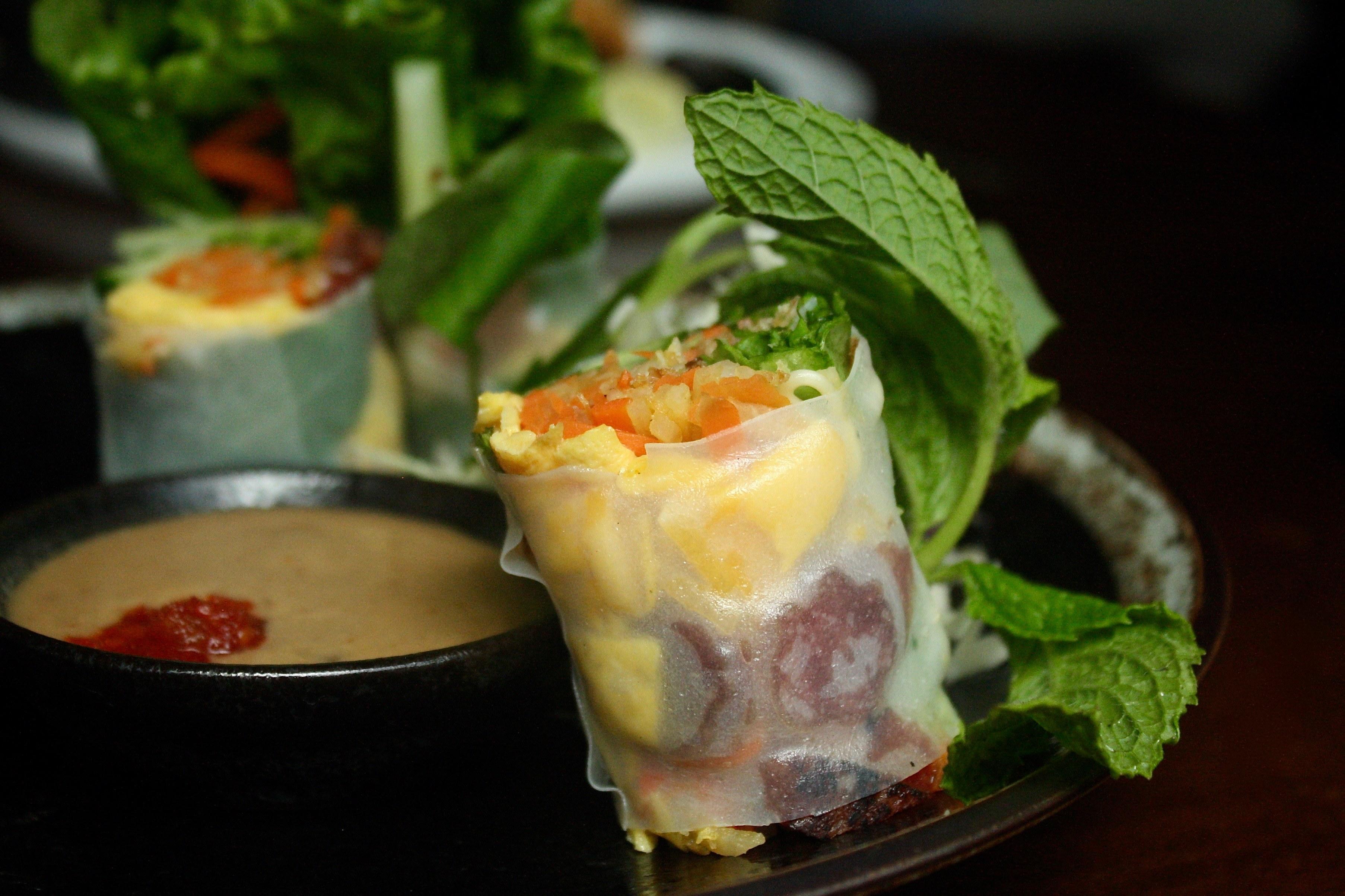 House Special_Phnom Penh Roll