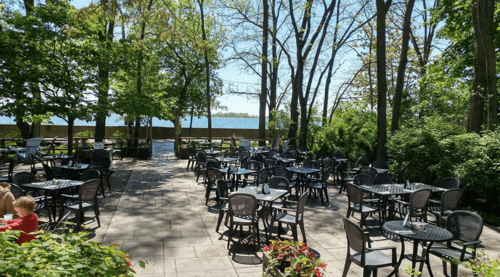 One restaurant on the Toronto Islands (and its patio) is still open