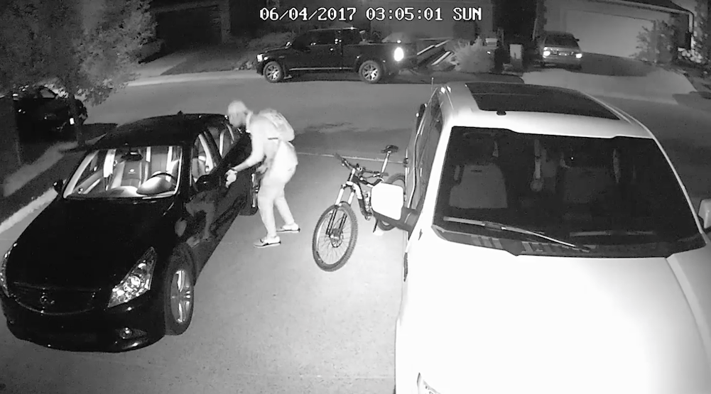 Lock your doors: Police release footage of car prowling in SW Calgary (VIDEO)