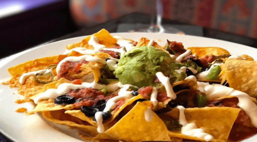 Vancouver Cheap Eats: Nachos