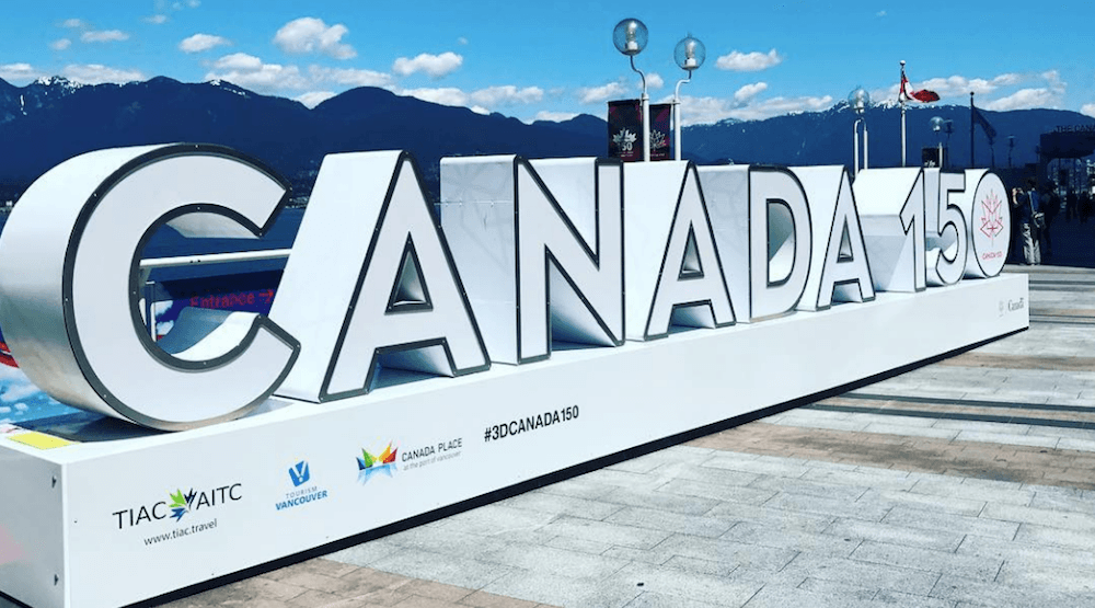 20 great photos of Vancouver's Canada 150 sign
