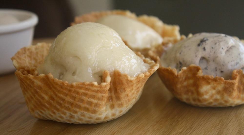 Buckets Ice Cream: Main Street's new nitrogen dessert parlour