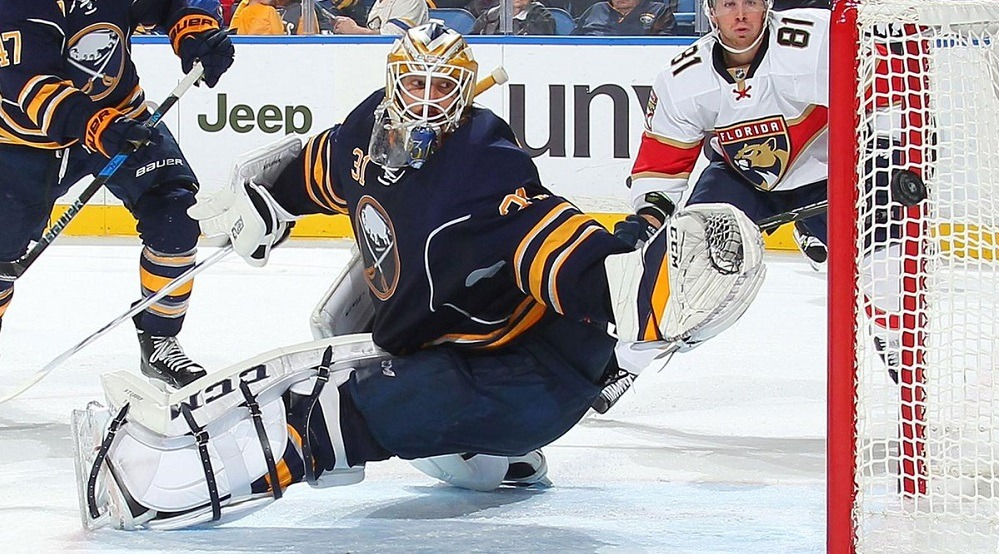 Free Agent Frenzy: Canucks sign Anders Nilsson to a 2-year contract