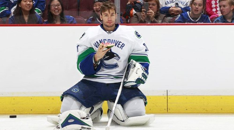 eddie lack canucks