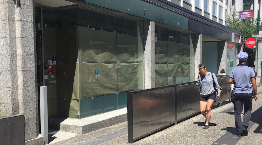 Masaladobo on Granville Street is already closed and it's being replaced by a paleo cafe