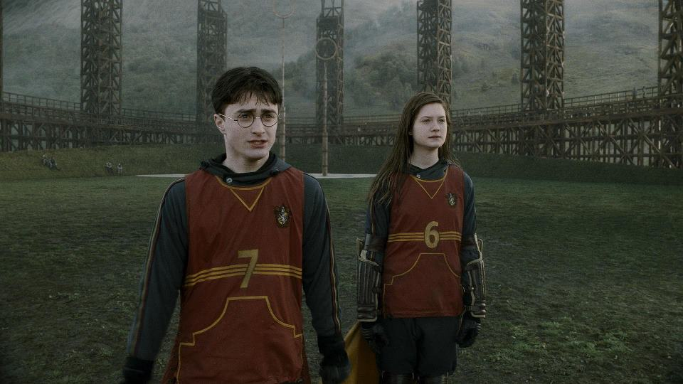 "<a href=""https://www.facebook.com/pg/harrypottermovie/photos/?ref=page_internal"">(Harry Potter/Facebook)</a>"