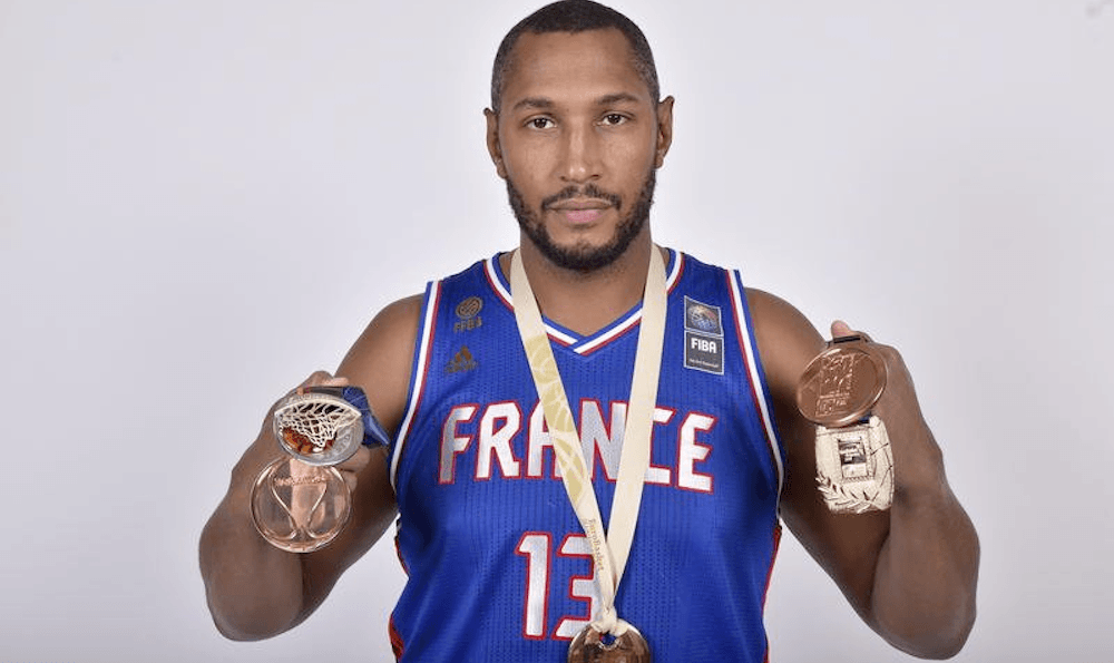 Report: Raptors talking trade with Jazz about Boris Diaw