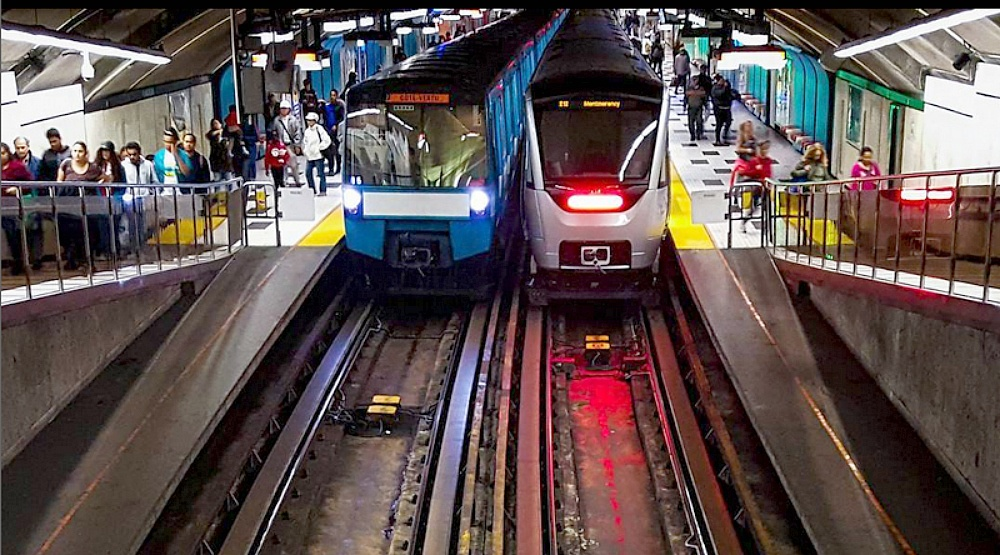 Half of Montreal metro stations now have mobile connectivity