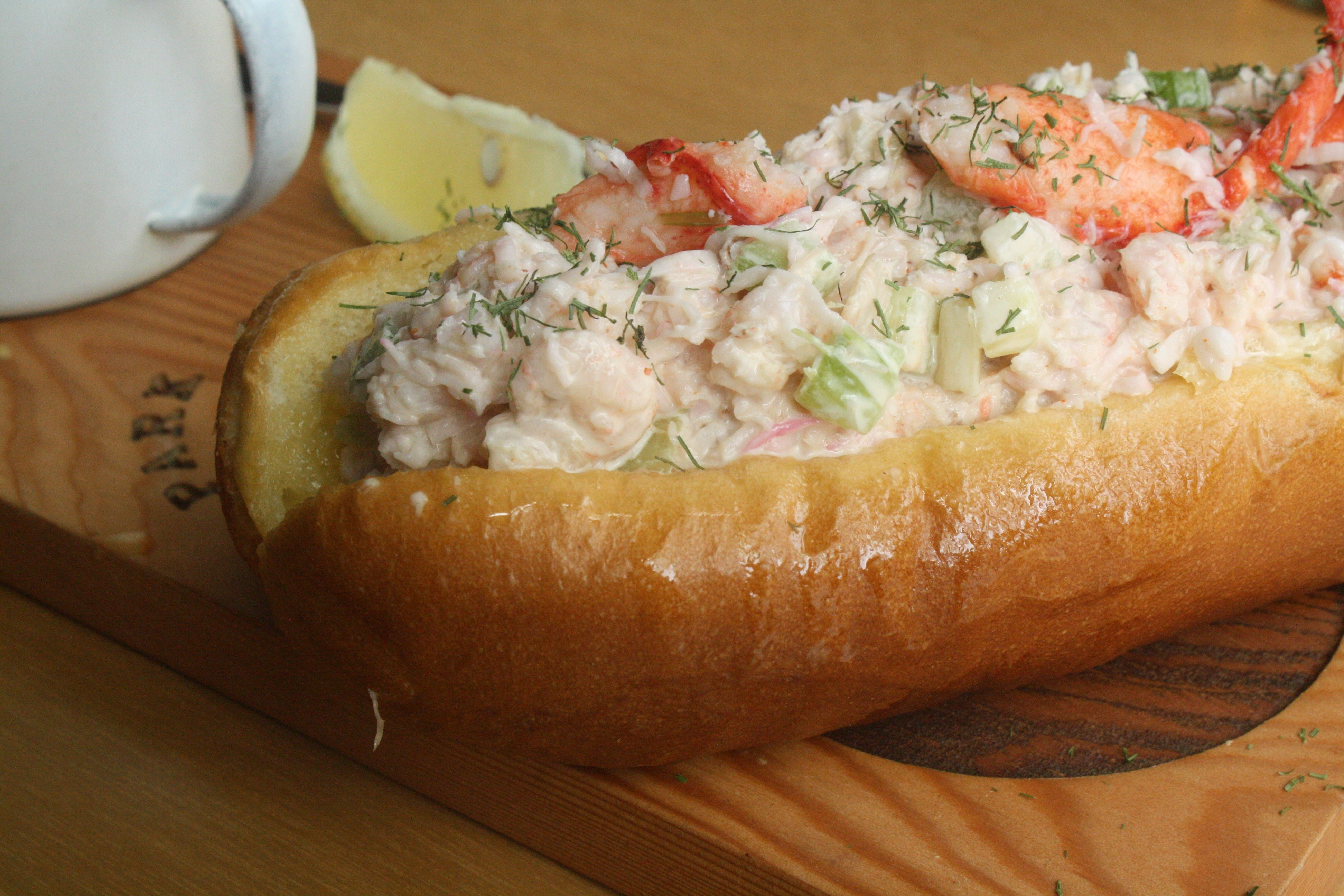 5 Must Try Lobster Rolls To Devour In Vancouver Right Now