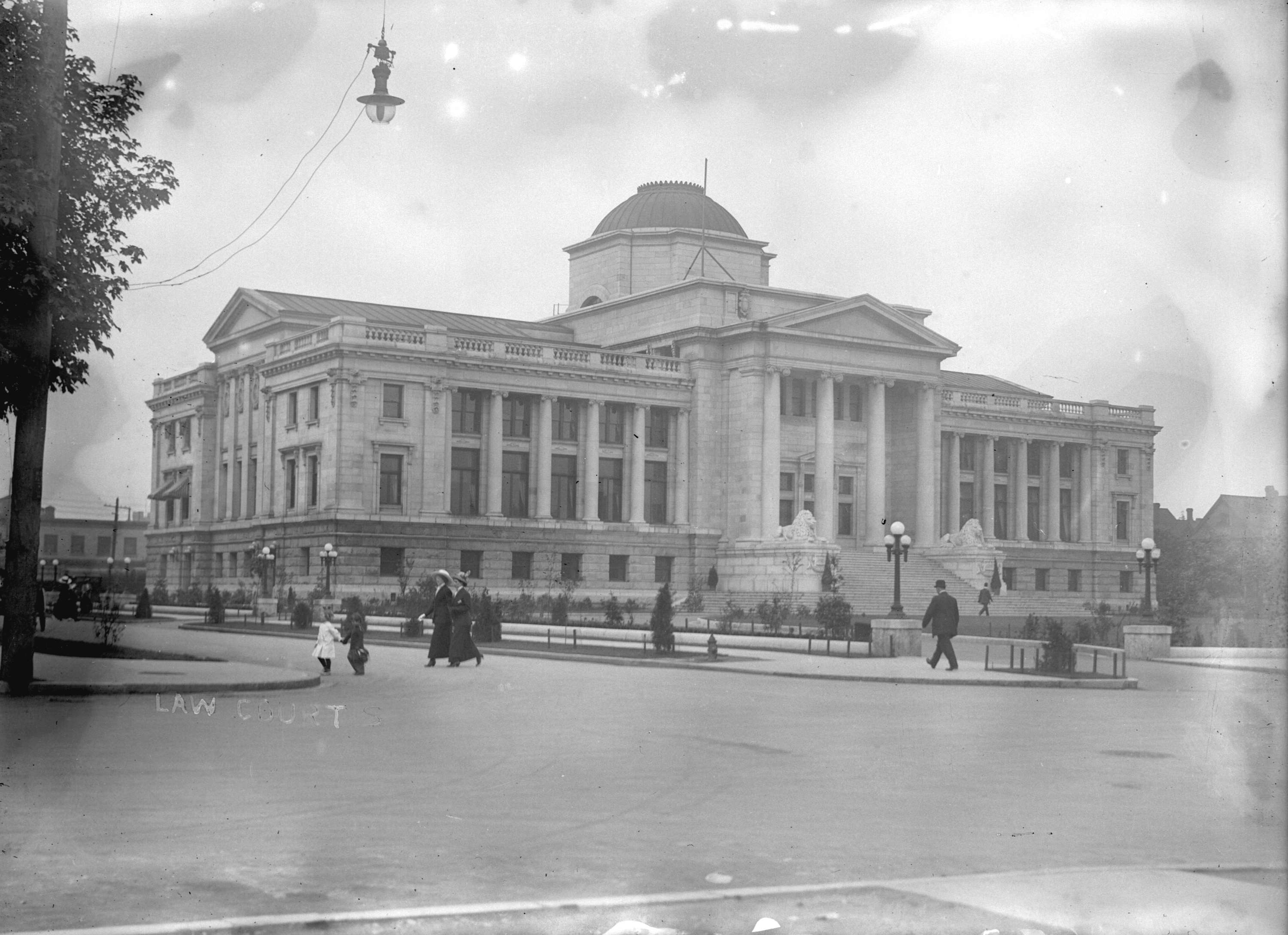 Vancouver Law Court in the 1910s (Vancouver Archives)