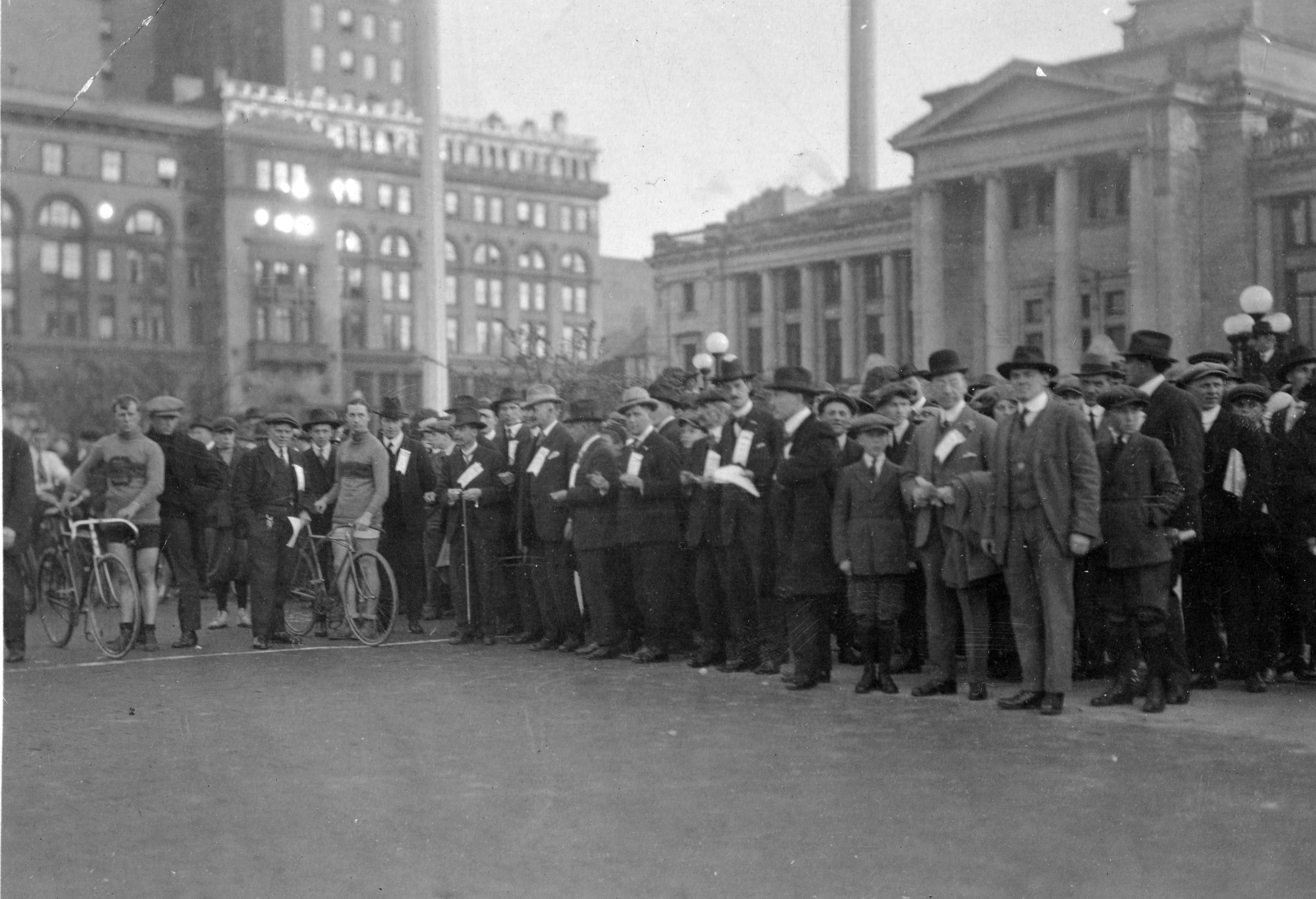 A cycle race outside the BC courthouse in the late 1910s (Vancouver Archives)