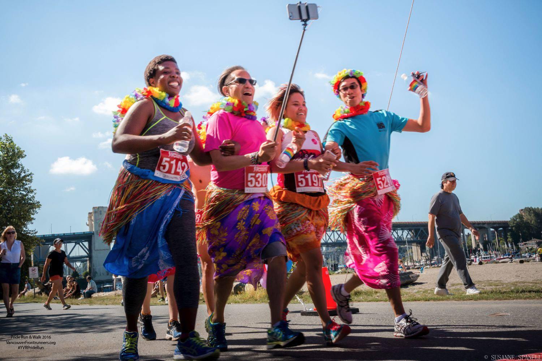 Happy runners at Pride Run & Walk 2016 (Vancouver Frontrunners/Facebook)