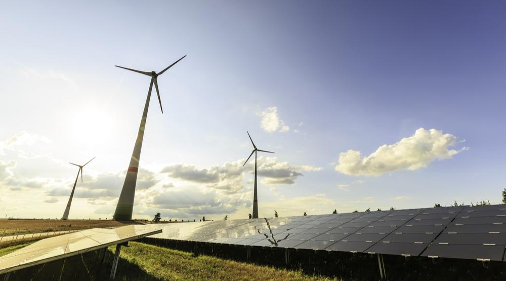 Company linked to Warren Buffett to build 28-turbine wind farm in Alberta