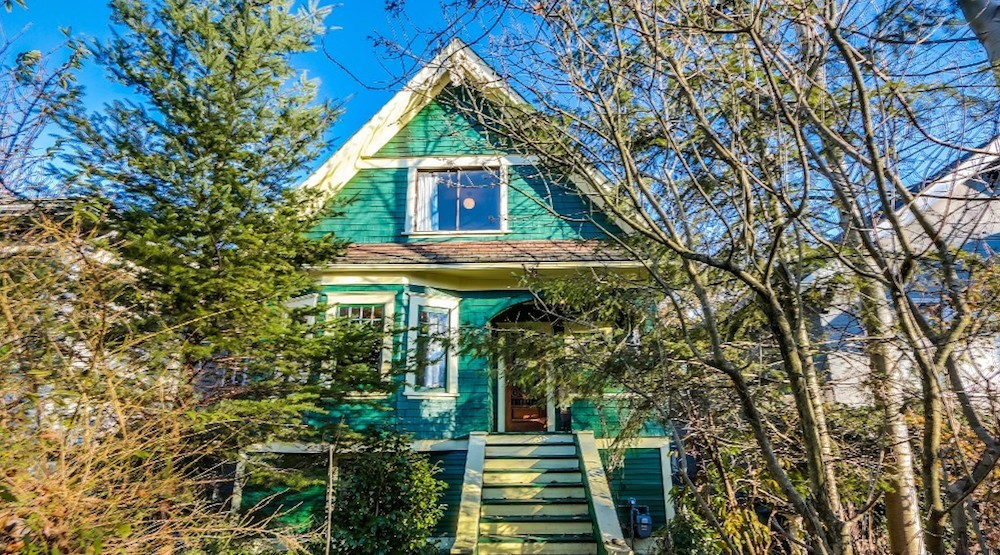 Vancouver to rent home purchased for Trout Lake Park expansion