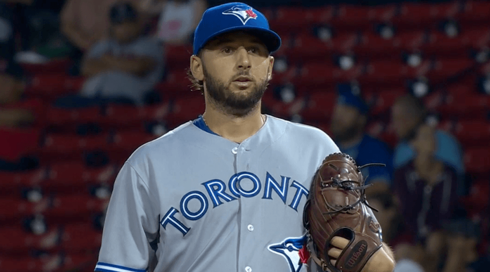 Blue Jays' pitcher strikes out 4 batters in 1 inning (VIDEO)