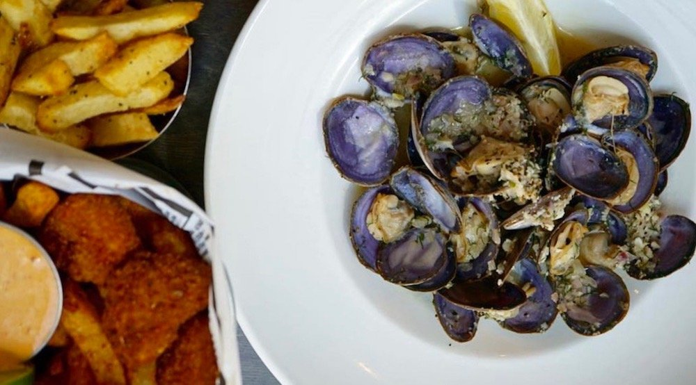Happy Hours: Cheap bottles of wine and $1.50 oysters at Fanny Bay Oyster Bar