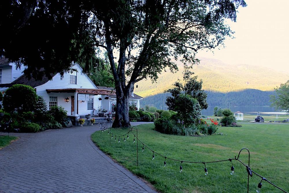 Rowena's Inn Harrison Mills
