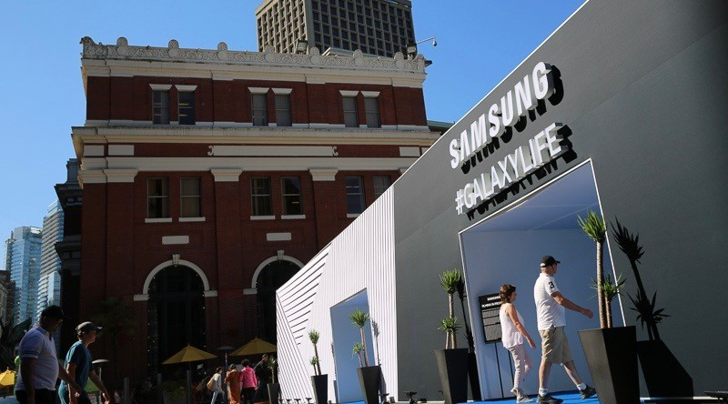 Samsung Canada #GALAXYLIFE pop-up challenges visitors to rethink what a phone can do