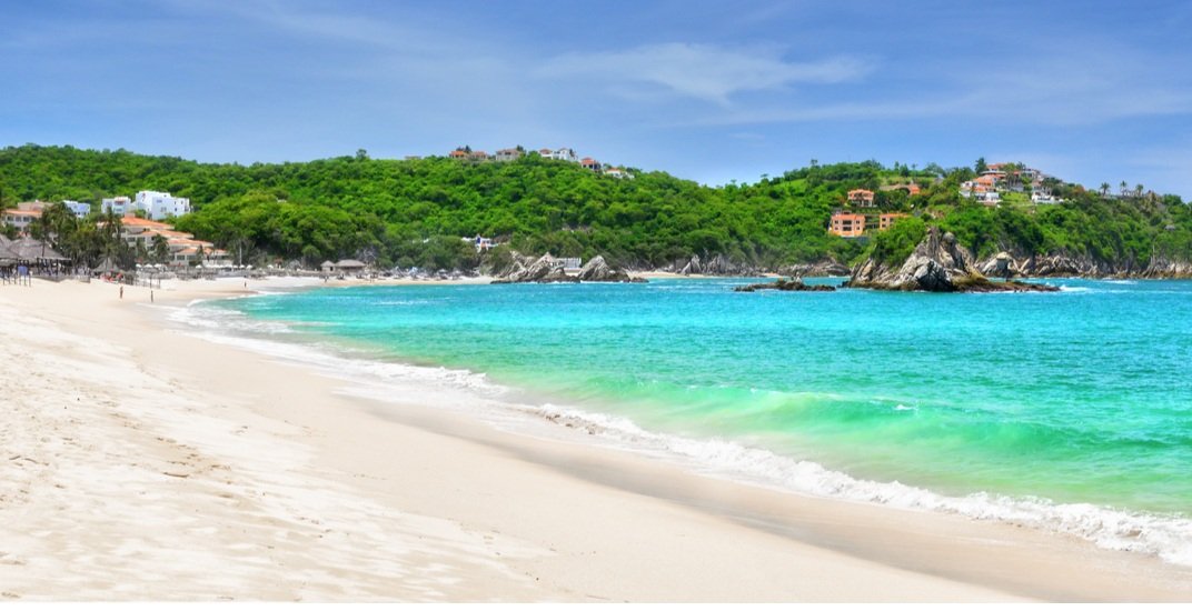 New non-stop Vancouver to Huatulco flights starting at $289