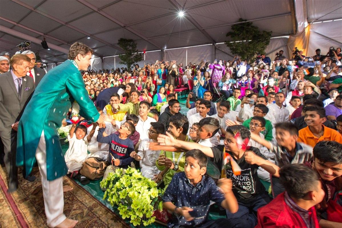 Trudeau visiting the BAPS Shri Swaminarayan Mandir in Toronto in July 2017 (BAPS Shri Swaminarayan Mandir)