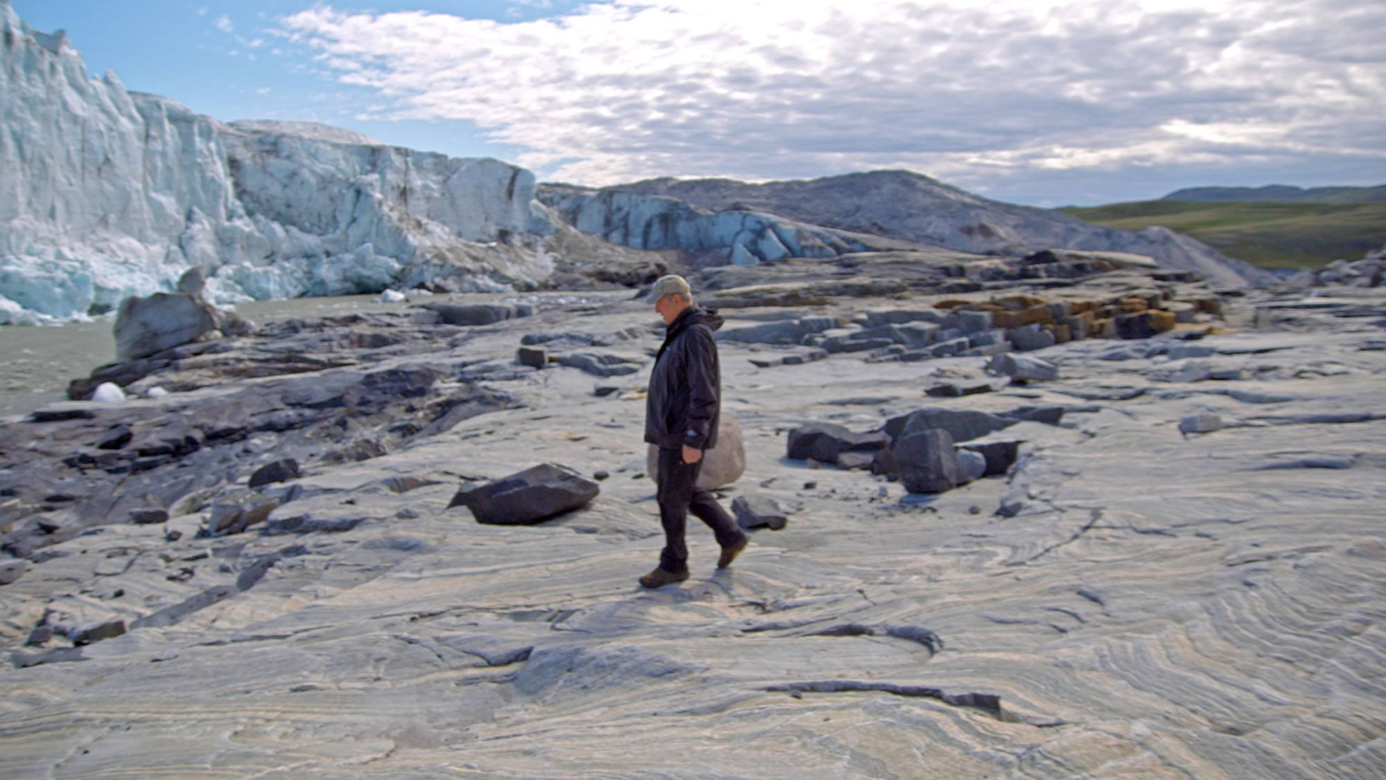 Al Gore in Greenland in An Inconvenient Sequel: Truth to Power (Paramount Pictures and Participant Media)