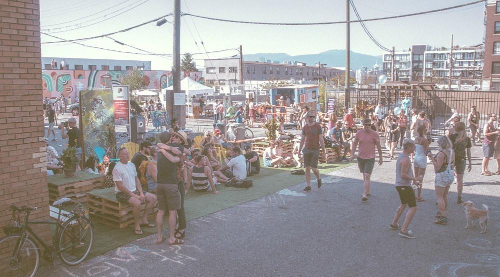 Crowd outdoorspublic disco