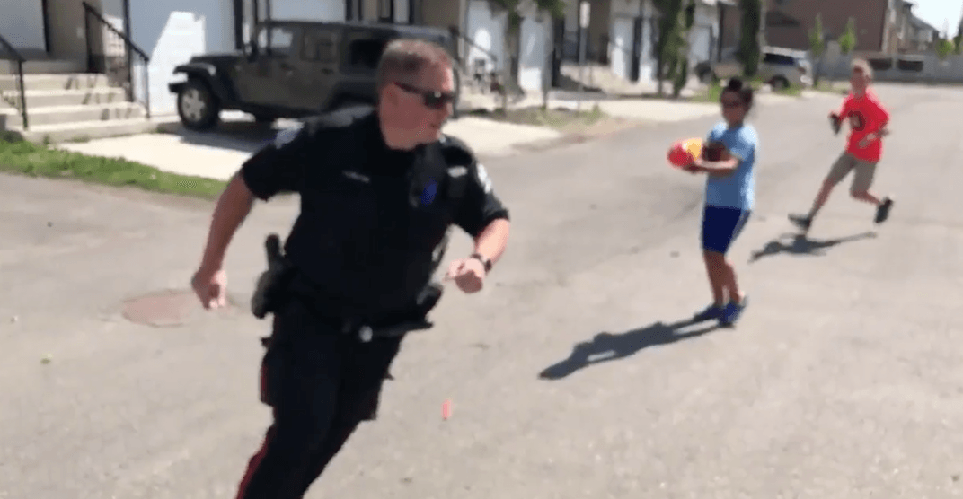 Canadian police officer allows kids to ambush his partner with Nerf guns (VIDEO)