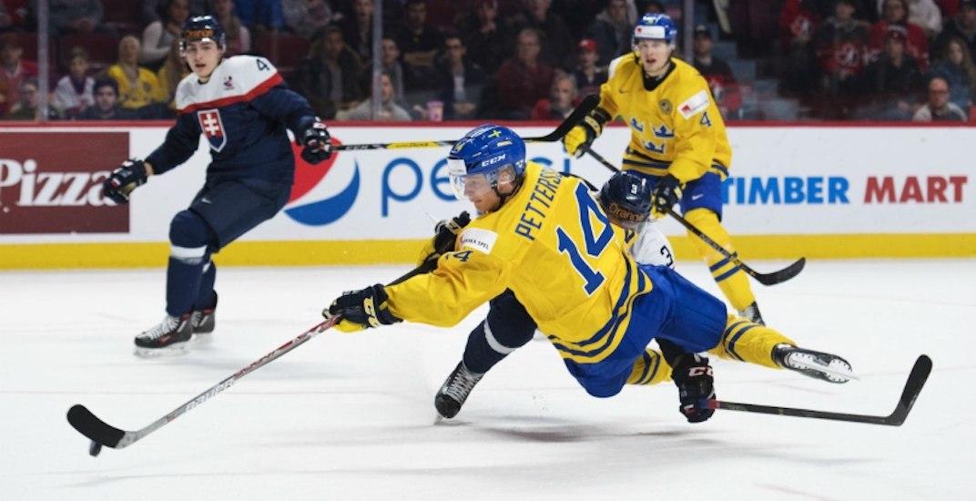 Elias pettersson canucks sweden
