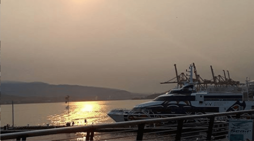 27 photos of Tuesday's smoky sunrise in Vancouver