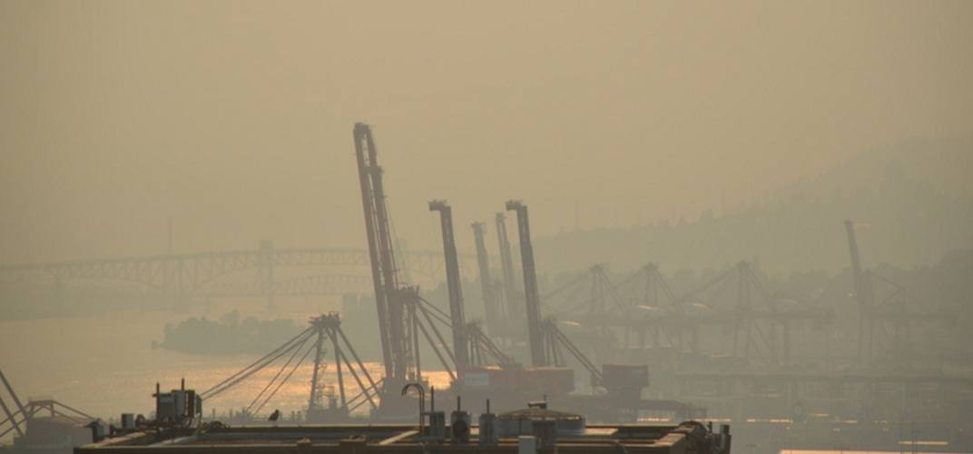 Wildfire smoke and extreme heat forecasted for Metro Vancouver this long weekend