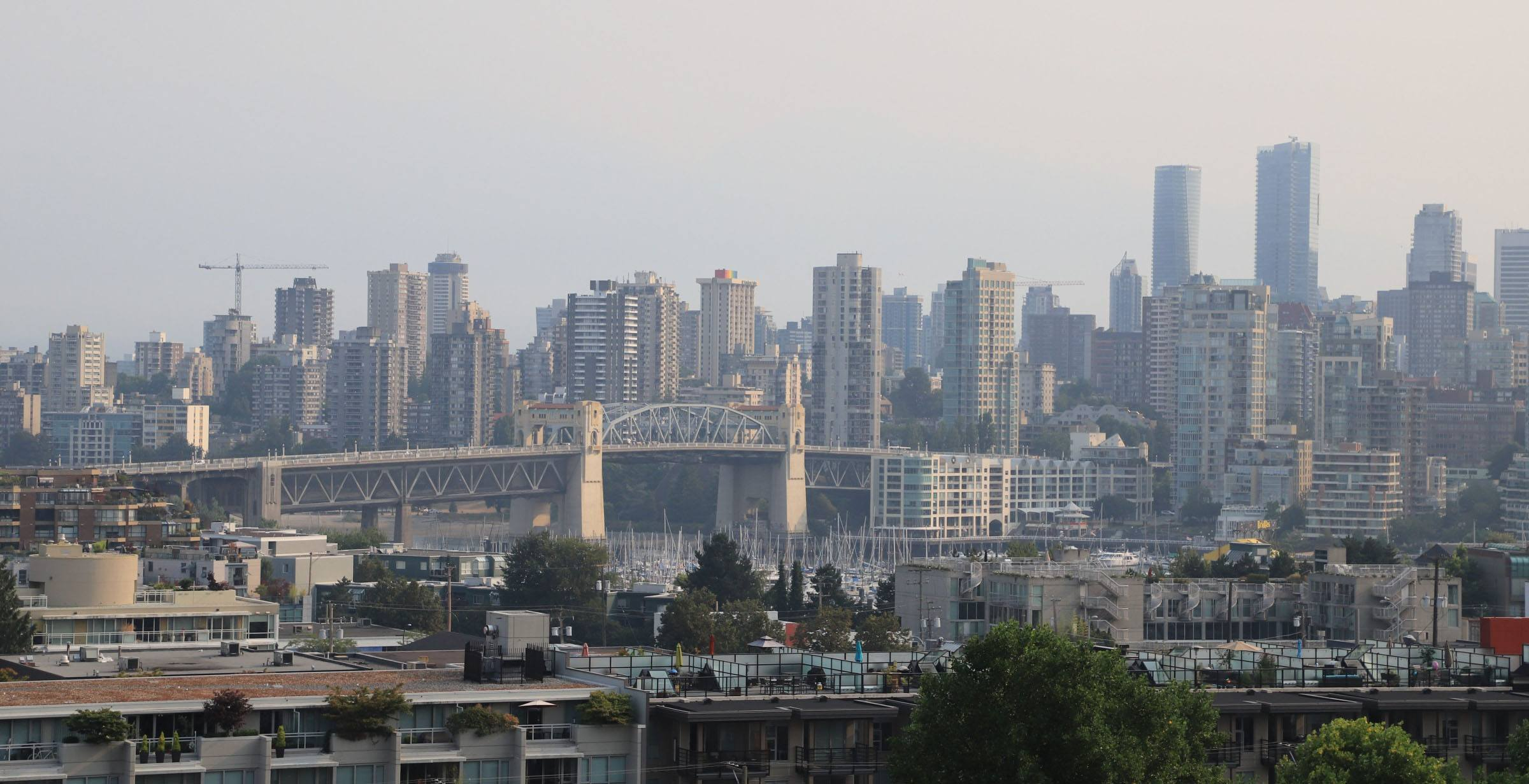 Vancouver in the smoky haze caused by wildfires on august 2 jenni sheppard daily hive