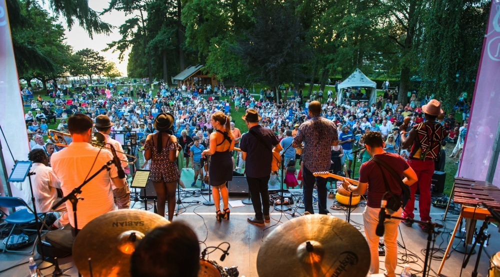Enjoy free live concerts and outdoor movies at the Harmony Arts Festival