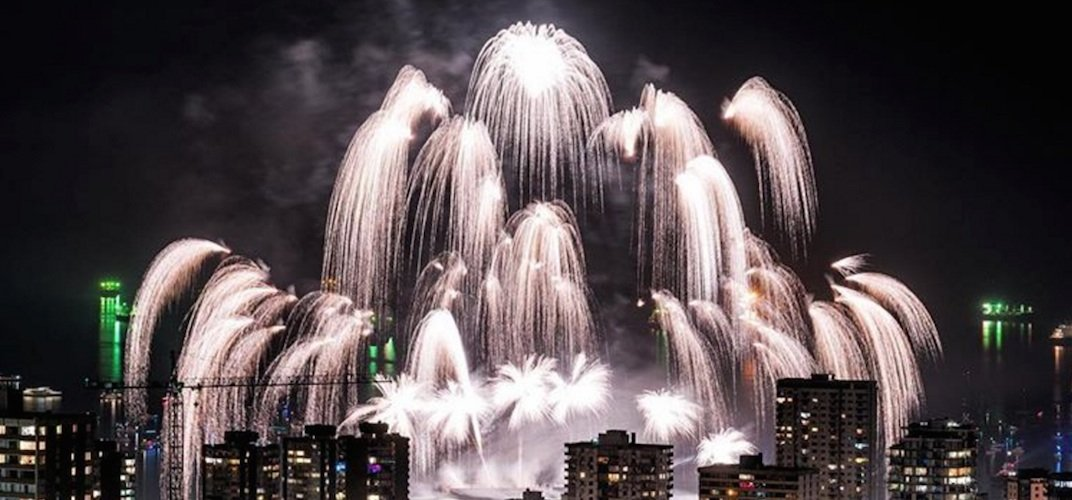 Celebration of light fireworks 2017 canada skyline