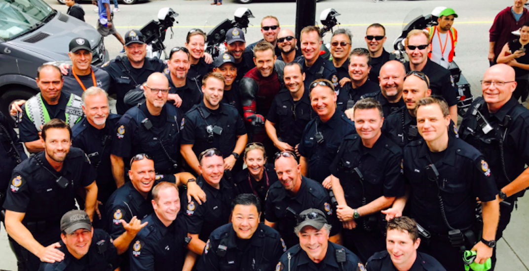 Ryan Reynolds takes photo with Vancouver Police while filming 'Deadpool 2'
